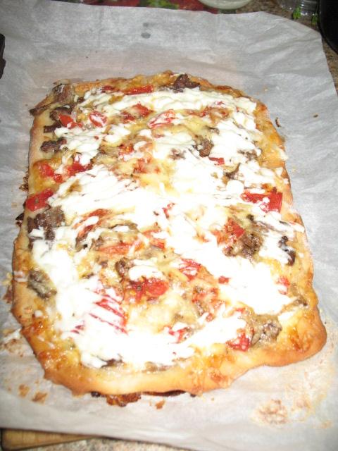 Изумительная пицца с грибами и овощами)))