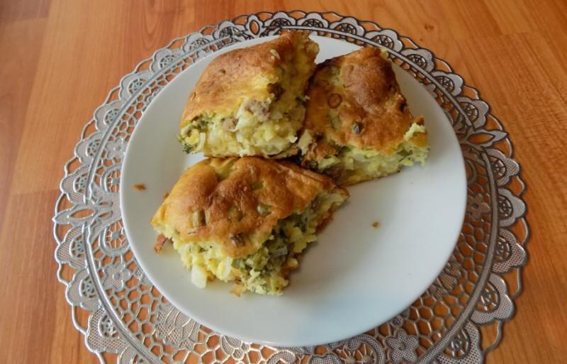 Заливной пирог с начинкой из капусты и фарша. Простой видео рецепт